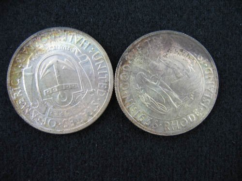 919120: 2 1936 RHODE ISLAND COMMEMORATIVE 1/2 DOLLARS