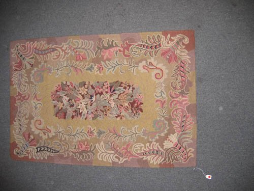 929114: GOOD QUALITY 1920'S MACHINE WOVEN HOOKED RUG