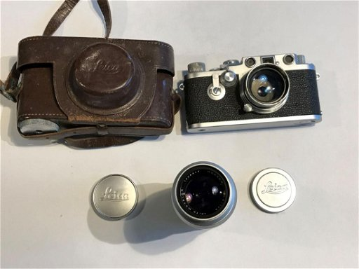 A LEICA 3c ,1949, CAMERA WITH 50MM SUMMITAR LENS AND A