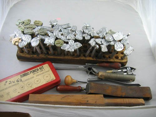 1216468: COLLECTION OF LARGE LEATHER PUNCHES. VARIOUS M