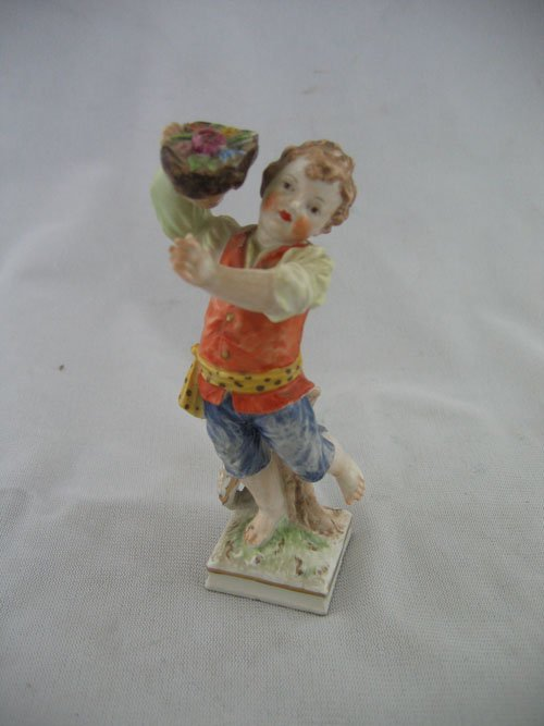 "210019: 4.5"" 19TH C. MEISSEN FIGURE OF A BOY WITH A WRE"