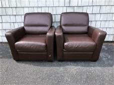 A PAIR OF CONTEMPORARY LEATHER CLUB CHAIRS