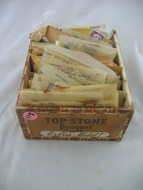 416118: CIGAR BOX OF UNCANCELLED INTERNATIONAL POSTAGE
