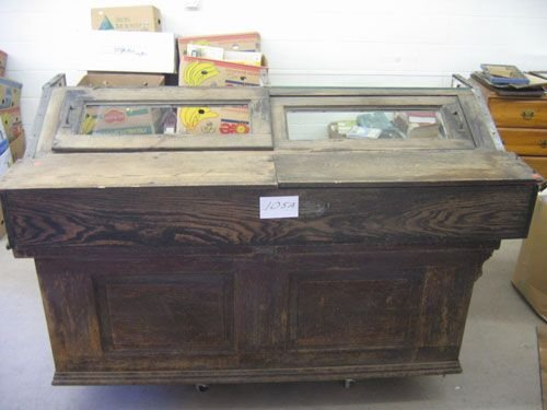 507105A: ANANTIQUE OAK COUNTRY STORE REFRIGERATED  CASE