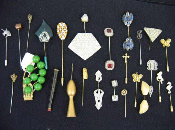 611103: GROUPING VICTORIAN STICK PINS