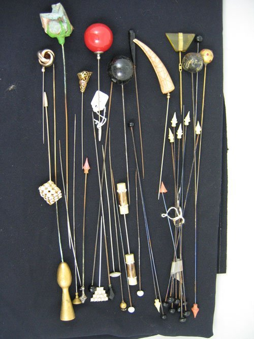 611104: GROUPING OF HAT PINS