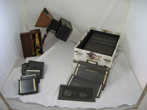 910222: STEREO VIEWER AND 85 GLASS STEREO SLIDES, 15 SI