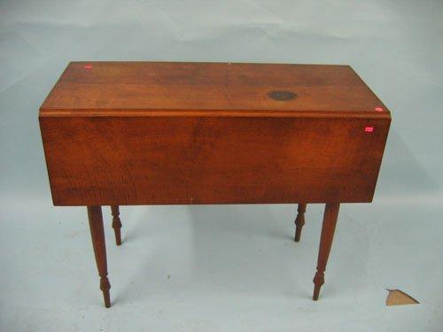 1008170: 19TH C. TIGER MAPLE SHERIDAN DROP LEAF TABLE