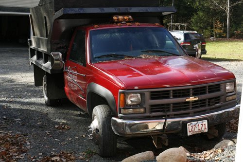 1108103: 1999 CHEVY 3500 DUMP TRUCK WITH FISHER PLOW 40