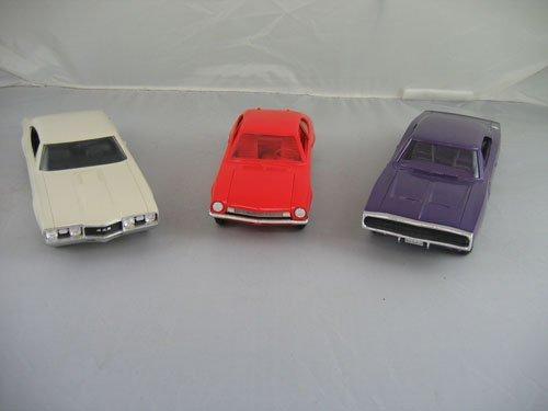 1119112: 3 DEALER PROMO CARS; 1968 CREAM OLDSMOBILE 442