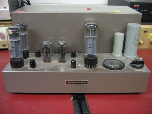 1217139: MARANTZ AMPLIFIER #8-9211