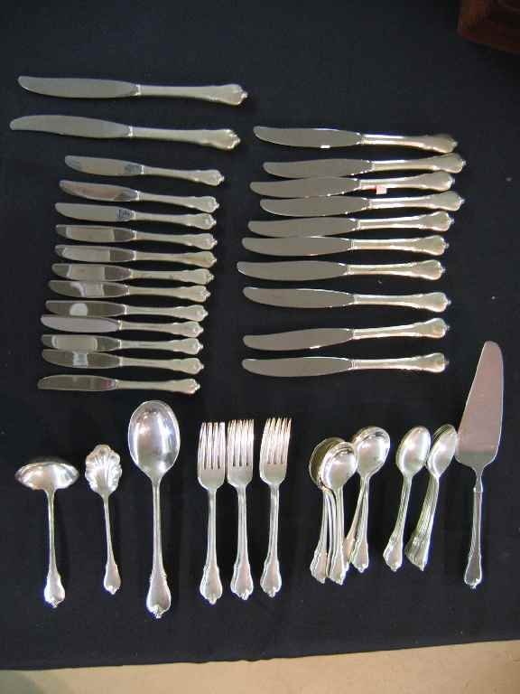 624120: SERVICE FOR 12 WALLACE STERLING SILVER FLATWARE