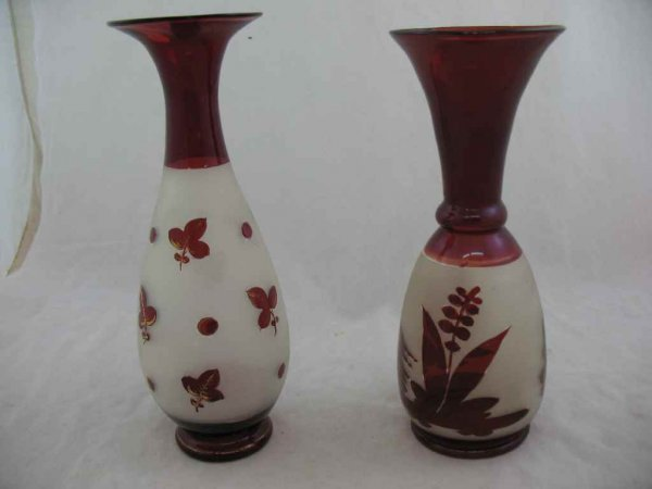 930115: PAIR OF 19TH CENTURY HAND BLOWN CUT TO CLEAR VA
