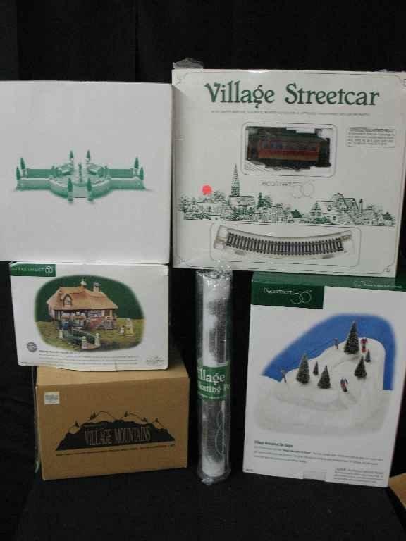 1209011: DEPARTMENT 56 CHRISTMAS VILLAGE 5 BOXES