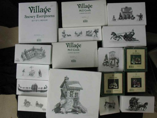 1209014: DEPARTMENT 56 CHRISTMAS VILLAGE 17 BOXES