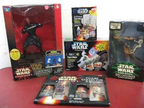 120108: 2 STAR WARS FIGURE MAKERS, SLAVE-1 AND SPACE CR
