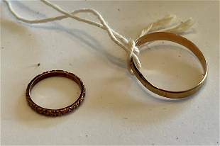 2 SMALL 10K GOLD CHILDS VICTORIAN RINGS