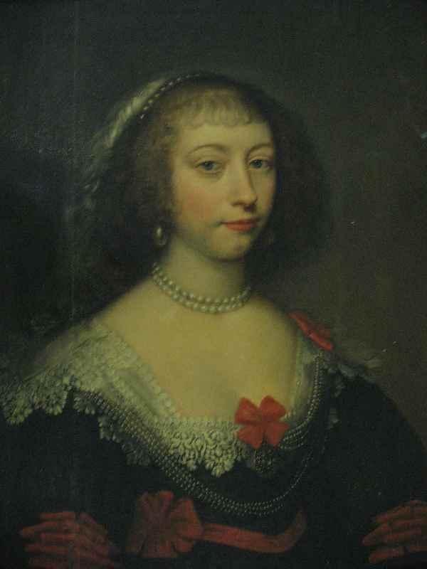 630179: 17TH CENTURY DUTCH PORTRAIT ON PANEL OF A LADY