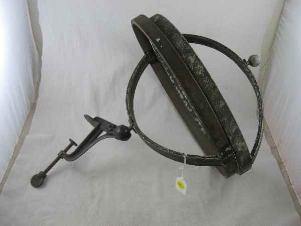 3260012: 19TH CENT TOLEWARE MIXINGBOWL MOUNT, MISSING S