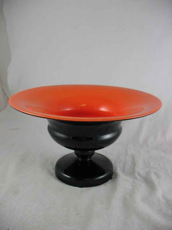 5250004: MID CENTURY CZECH GLASS CASED CONSOLE BOWL