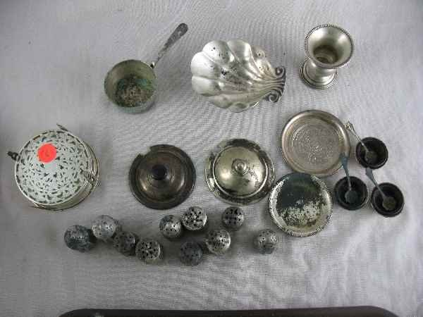 5250016: GROUPING OF STERLING SILVER SALTS, COASTERS E