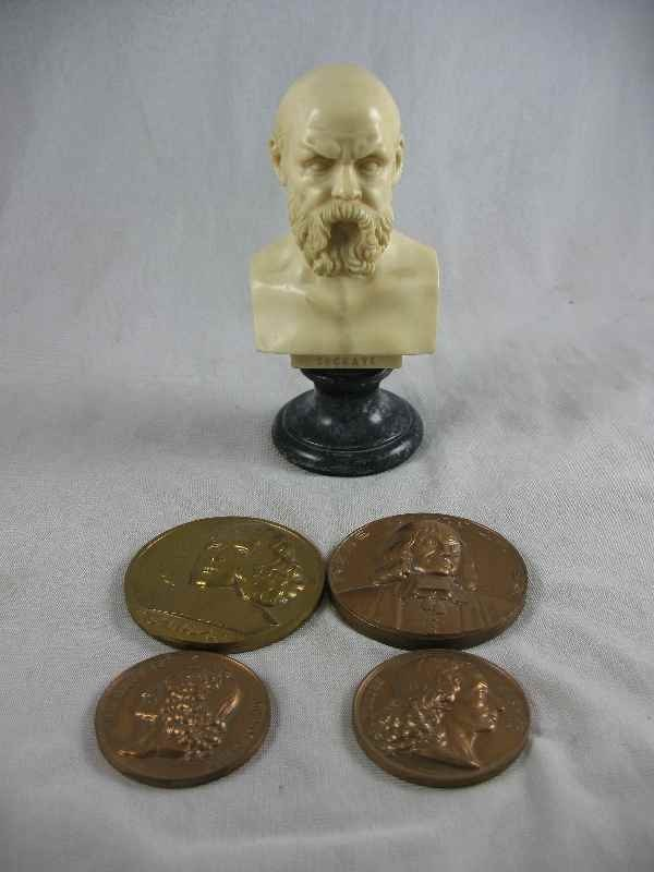 5250021: MINIATURE BUST OF SOCRATES AND 4 COMMEMORATIVE