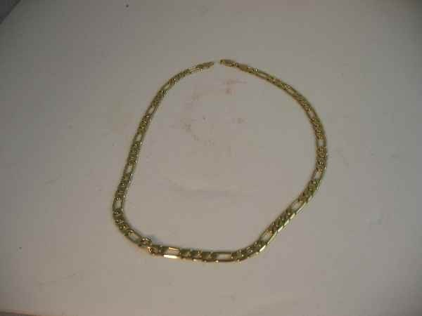 10190010: 14 K GOLD FIGARO LINK NECKLACE (30.9 G)