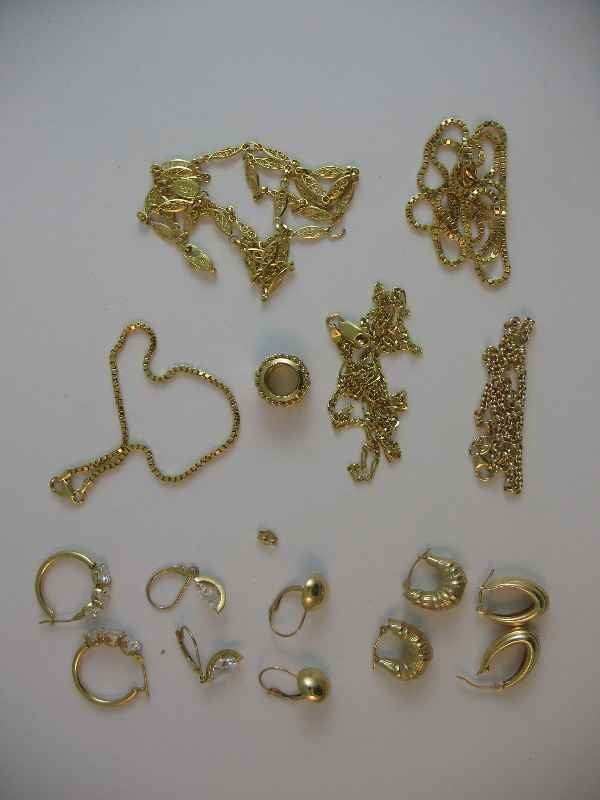 10190018: MISC. 14 K GOLD JEWELRY (23.43 G, SOME STONES