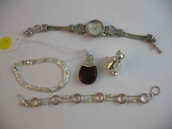 10190019: LOT OF STERLING SILVER JEWELRY INC. WRISTWATC