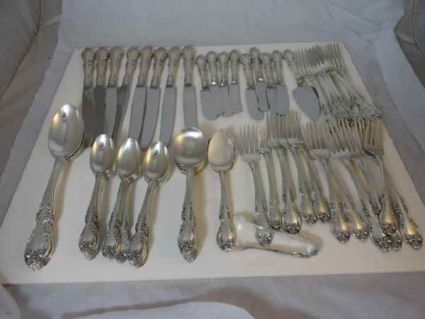 10190100J: 65 PC. 81 OZ GORHAM STERLING SILVER FLATWARE