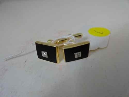 12210006: 14 K GOLD & DIAMOND CUFF LINKS (10.5 G)