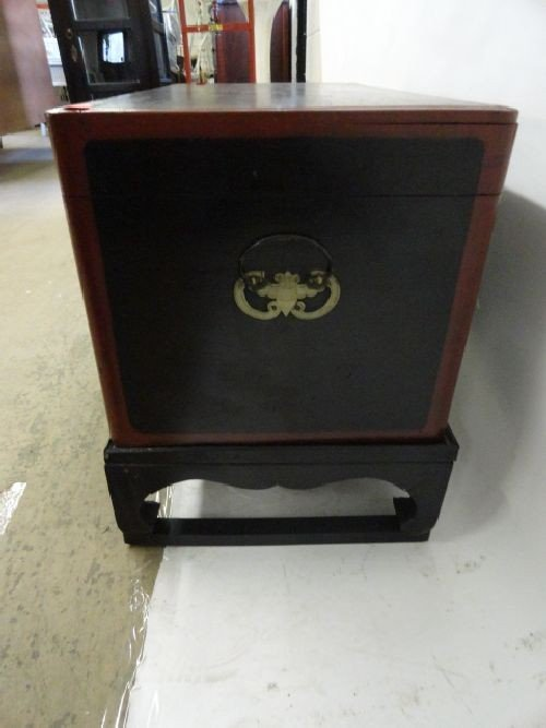 """2290107: CHINESE LACQUERWARE BOX ON STAND (12""""x26.5""""x14 - 2"""