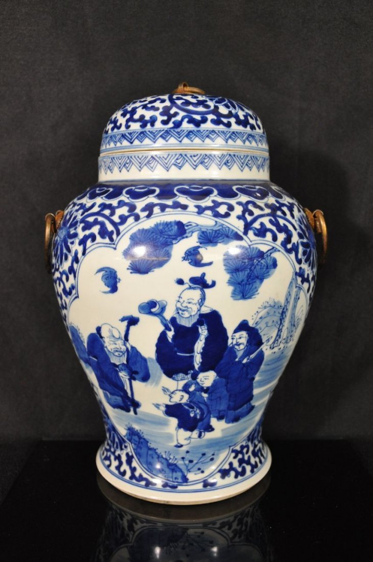 6290003: CHINESE 19TH C BLUE AND WHITE PORCELAIN VASE