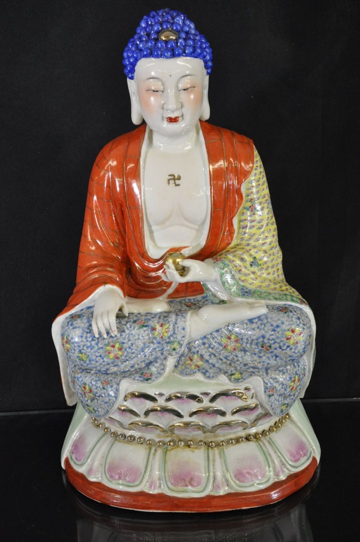 6290019: CHINESE 20TH C. FAMILLE ROSE STATUE