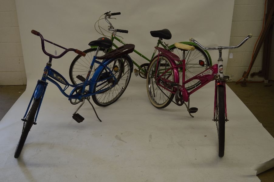 80008: 4 VINTAGE BICYCLES