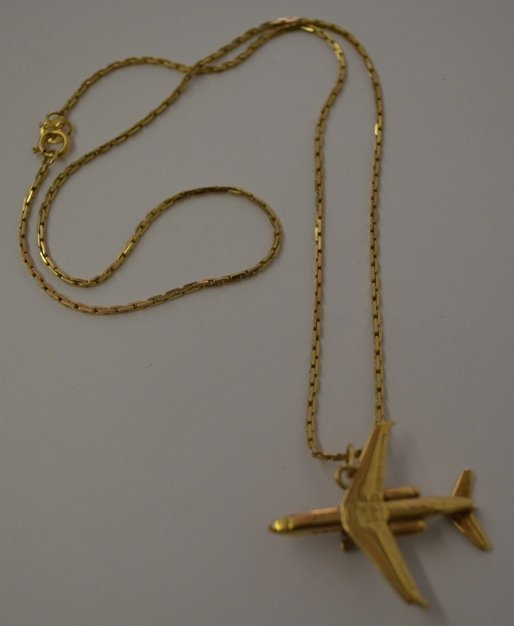 14K GOLD AIRPLANE PENDANT AND 14K GOLD CHAIN