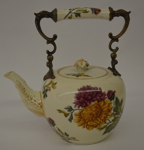 ROYAL WORCESTER-STYLE TEAPOT