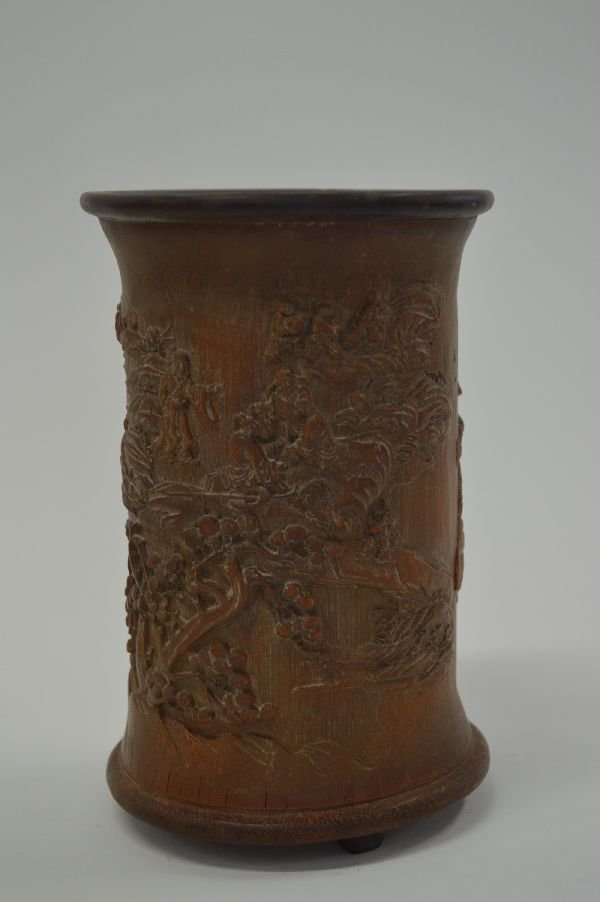 8'' BAMBOO BRUSH POT WITH LANDSCAPE AND PEOPLE