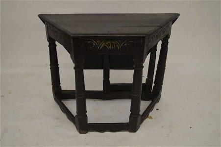 PILGRIM PERIOD OAK STRETCHER BASE   TABLE
