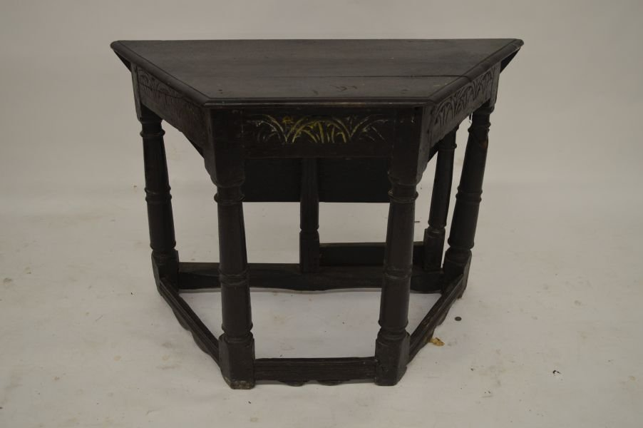 PILGRIM PERIOD OAK STRETCHER BASE   TABLE