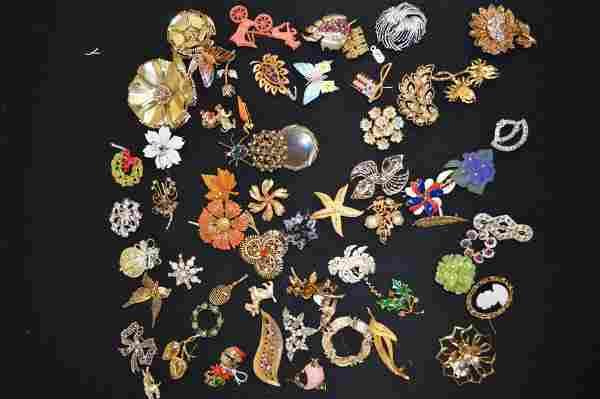 60 VINTAGE COSTUME JEWELRY PINS, VARIOUS STYLES