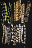 20 VINTAGE COSTUME JEWELRY BRACELETS MIXED METAL GLASS