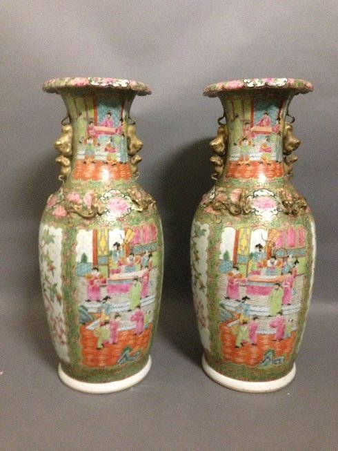 Pair Larage Chiese Porcelain Vase