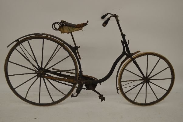 "ANTIQUE OLD HICKORY BICYCLE . ALL ORIGINAL. 39""x73""x27"""