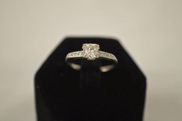 OLD MINE CUT PLATINUMDIAMOND RING APPROX. .30 CARAT