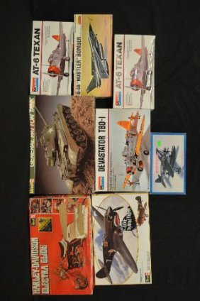 8 Revell And Other Makers Unnmade Model Airplane Lot