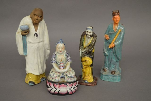 ANTIQUE FAMILLE ROSE BUDHA AND 3 OTHER CHINESE FIGURES