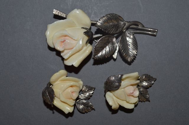 MING'S  HAWAII STERLING SILVER ROSE BROACH AND EARRINGS