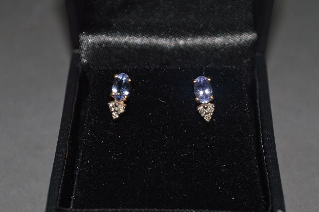 14K GOLD TANZANITE AND DIAMOND EARRINGS