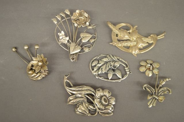 6 VINTAGE STERLING SILVER FLORAL PINS, VARIOUS MAKERS